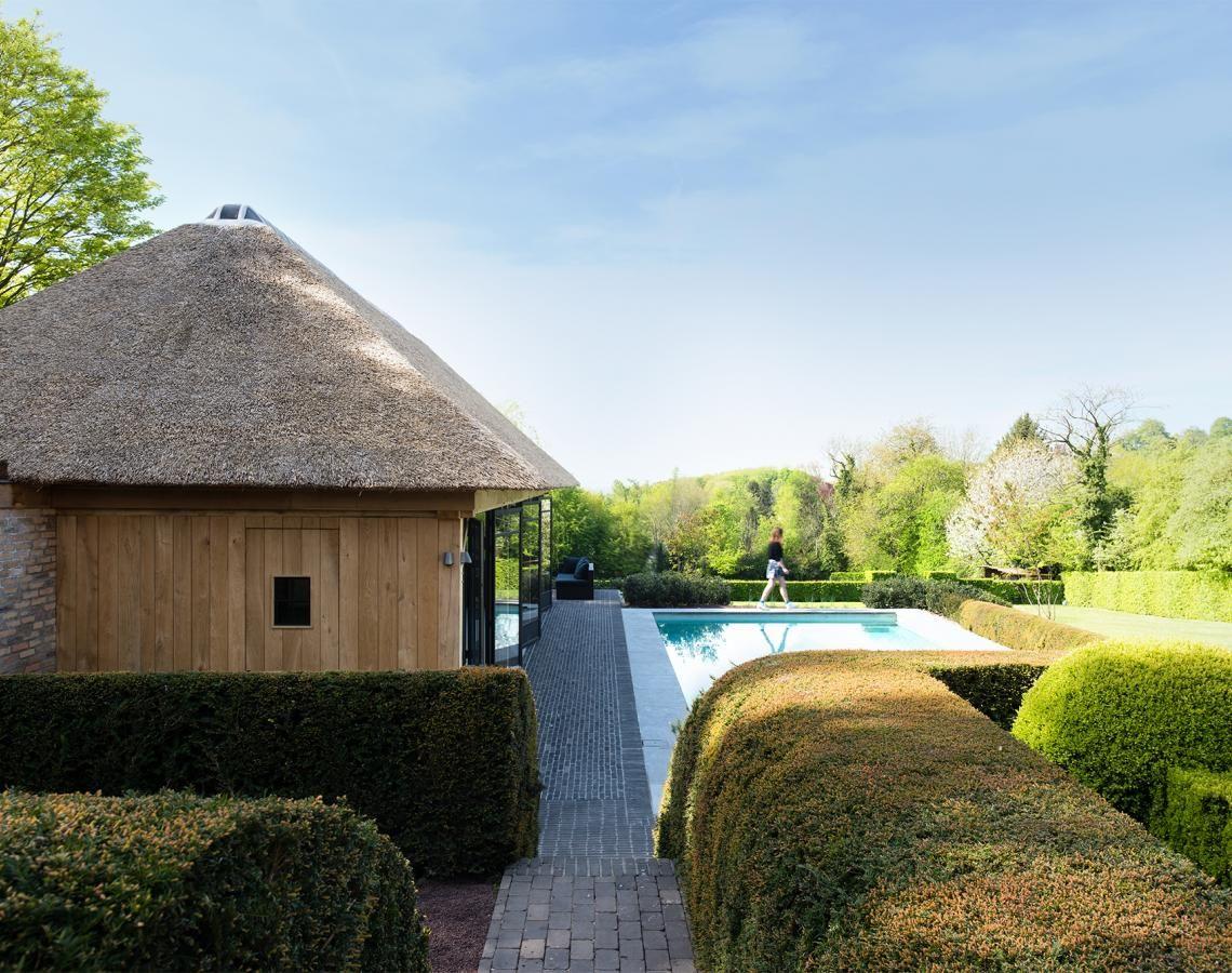 Houten poolhouse landelijke stijl bijgebouw pinterest tuin