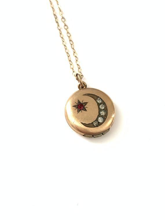 Vintage Tiny Crescent Moon and Star Locket Necklace // Celestial Locket // Moon Locket // Moon Star Locket