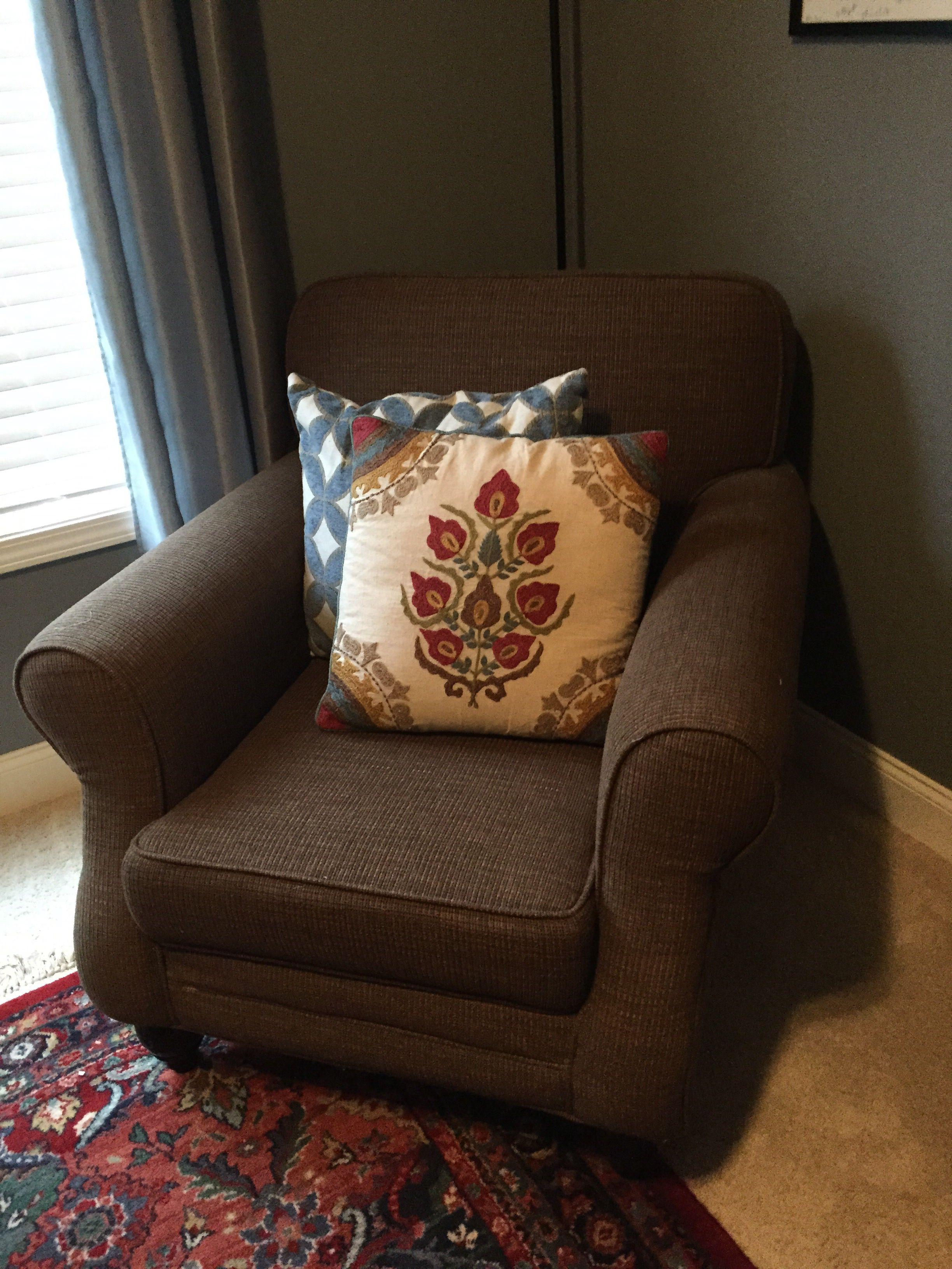 New pillows for an old chair.