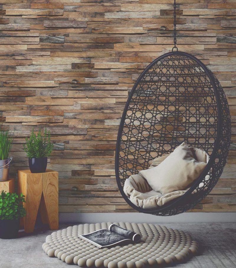 mur de bois fauteuil suspendu intérieur tapis boule de laine Deco - mur en bois interieur