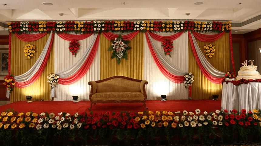 The wedding decorator on decorations with reception decoration in indian wedding decoration ideas keeping five factors while planning decoration on stage in an indian way junglespirit Images