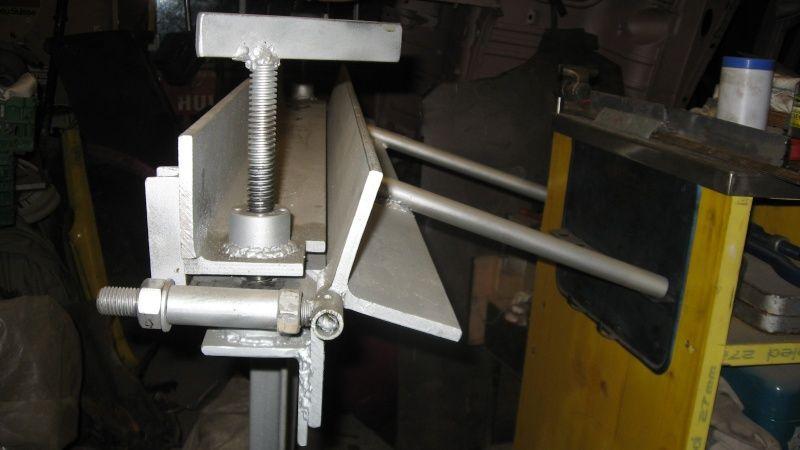 Plieuse maison plieuse metal maison pinterest for Fabrication presse hydraulique maison