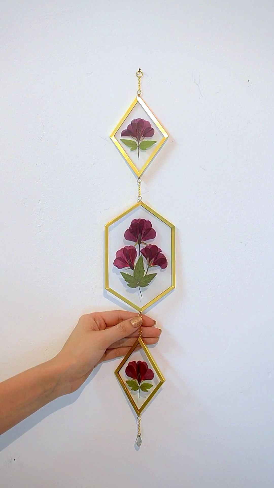 Flower wall art, Pressed flower Framed pressed flowers Floating frame Dried flower frame Double glass Lavender