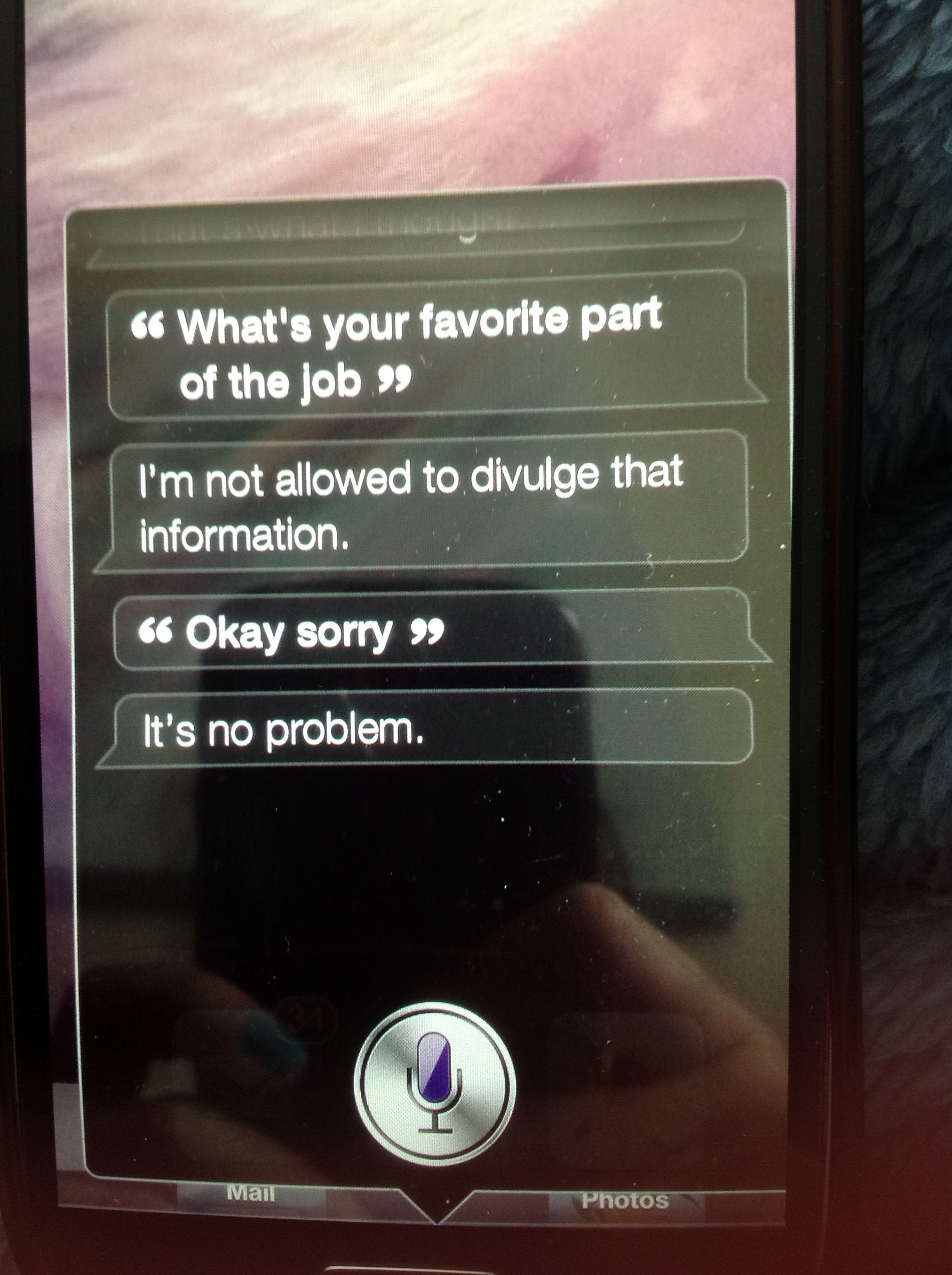 OMG, What is Siri hiding????