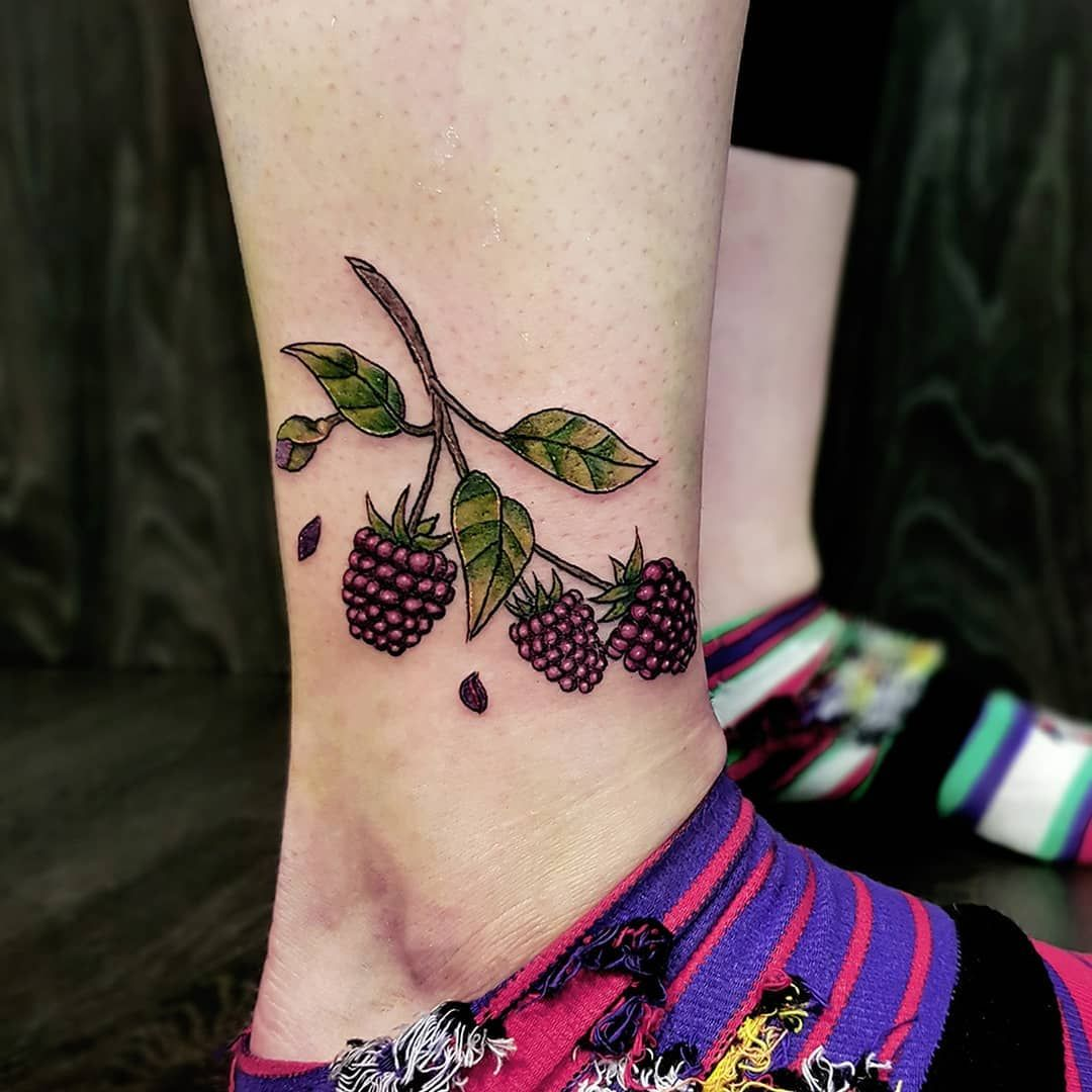 4bfee61ea8b27 Berries done by our apprentice Sam... #tattoo #tattoodesign #tattooartist  #apprentice #berries #berrytattoo #autumn #autumntattoo #legtattoo  #neotraditional ...