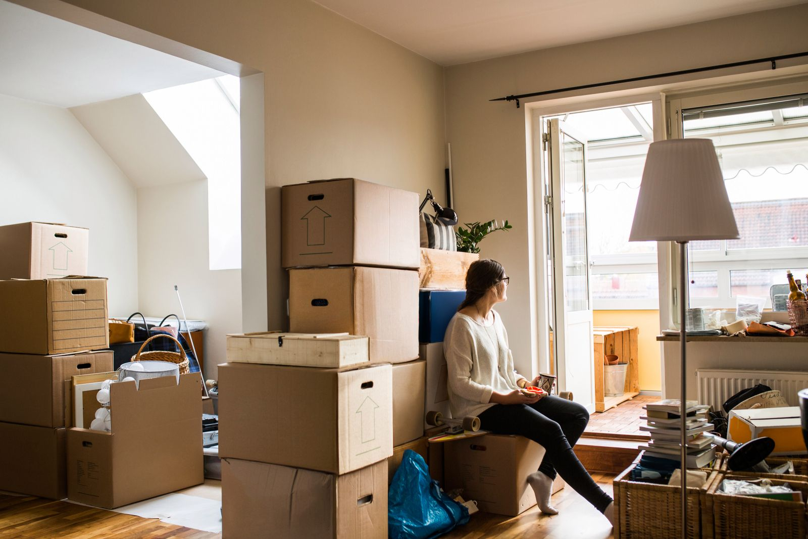 """What to Do ASAP as a New Homeowner (""""Future You"""" Will Thank You)"""