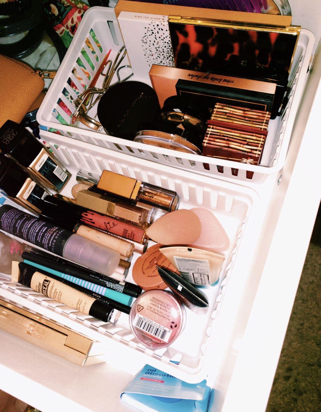Pinterest carolinefaith10☆   Makeup organization, Makeup skin ...