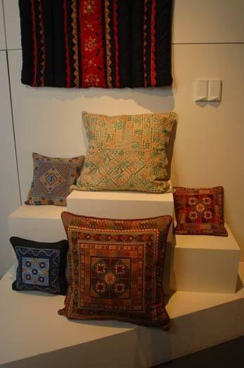 تطريز فلسطيني فلاحي مخدات Soft Furnishings Palestinian Embroidery Cross Stitch Designs