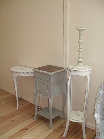 Shabby Chic Furniture - grey instead of white?