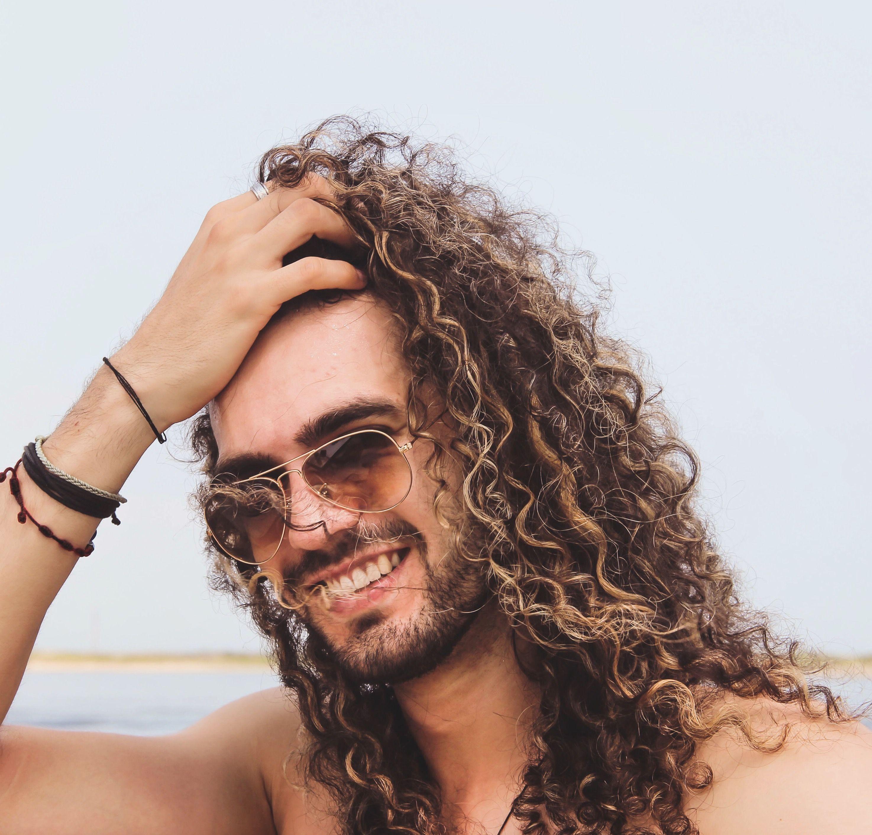 Curlyhair Curls Man With Curls Longhair Man Long Hairstyle For Man Man Bun Beard Highlights Man Beach Long Hair Styles Men Long Curly Hair Men Mens Hairstyles