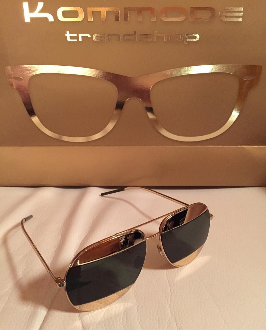 I  my new Dior Sunglasses. Thank you @kommode_regensburg #kommoderegensburg #kommodetrendshop #regensburg #bavaria #germany #diorsunglasses #diorsplit #dior #sunnies