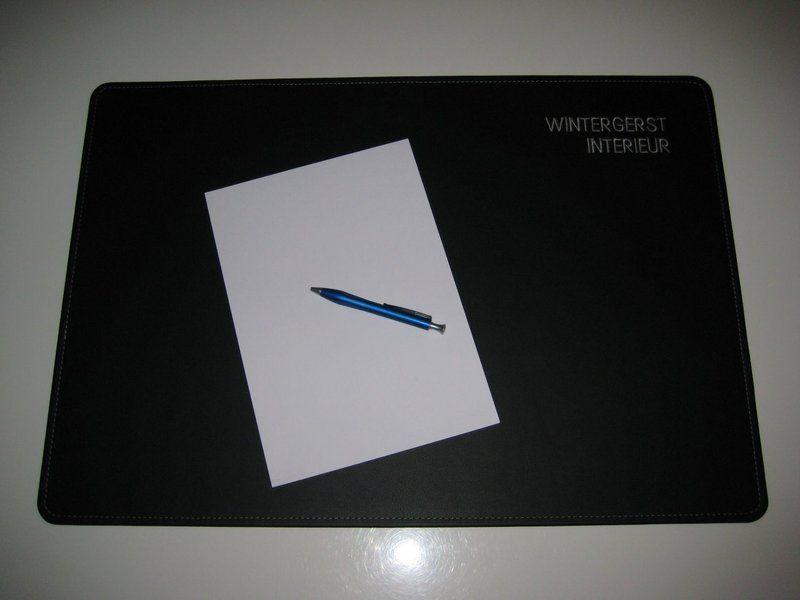 Schreibtischunterlage leder 90x60 cm in 24 farben for Schreibtisch 90x60