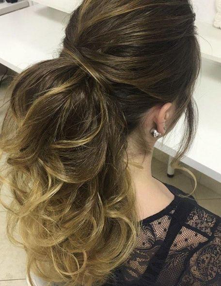 wavy ponytail wedding hairstyle
