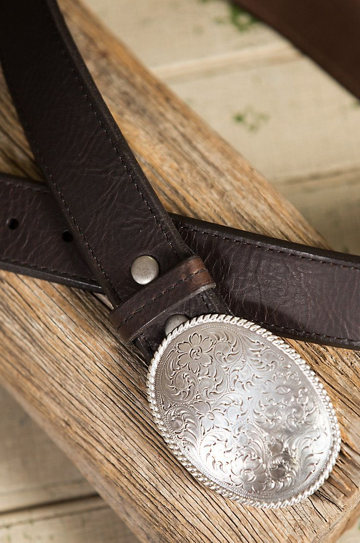 Classic meets vintage, while honoring the glory of western style. Our Alamo Bison Leather Belt is expertly crafted of genuine bison leather.