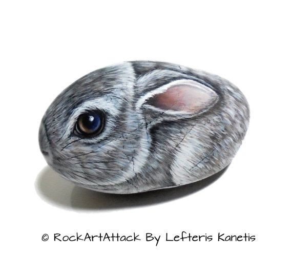 Pretty rabbit holds a carrot is hand-painted rock with acrylics and finished with glossy varnish ! Rock painting by RockArtAttack on Etsy.