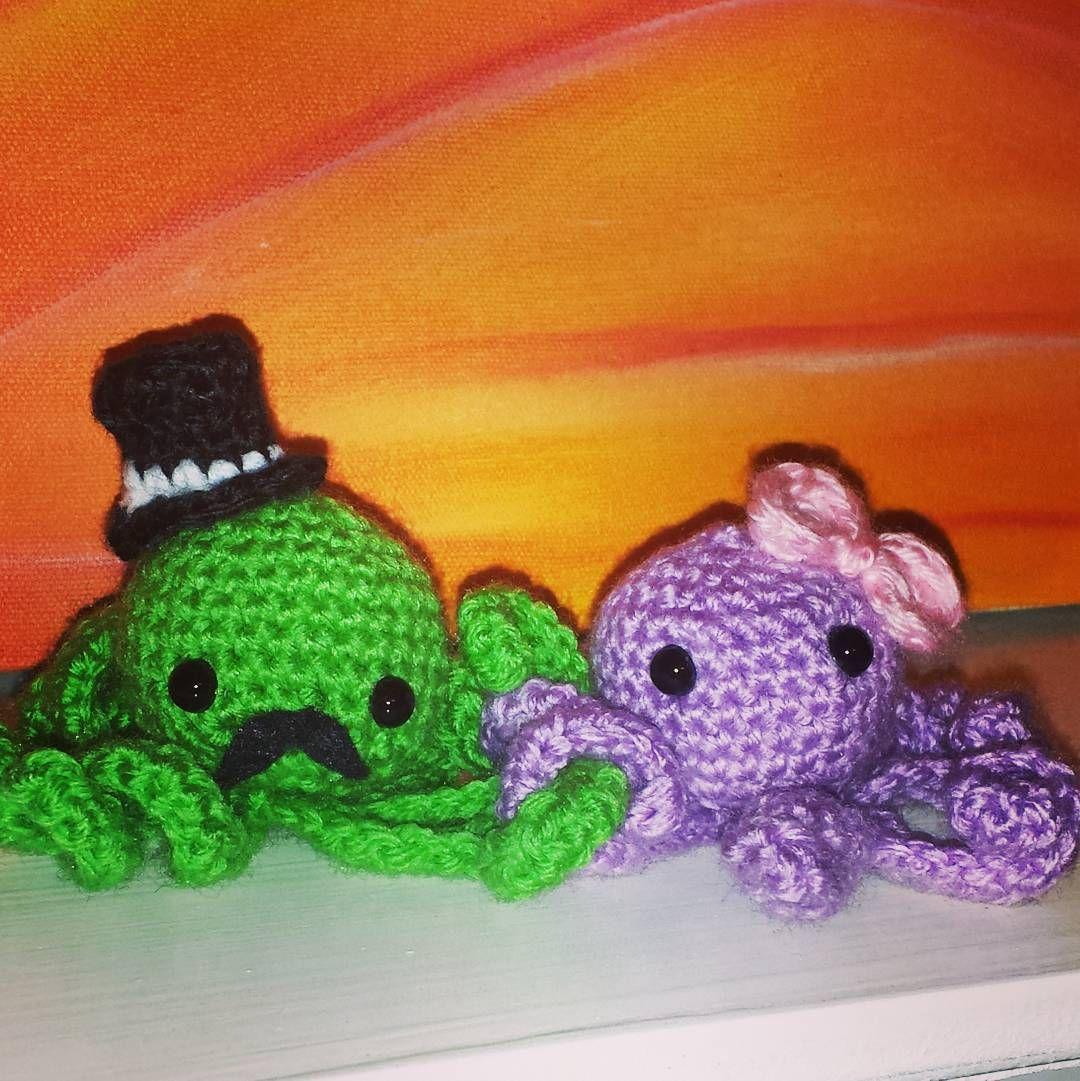 Introducing Gertrude and Sampson #octopi #amigurumi #dapper #buildanark by cygnwulf
