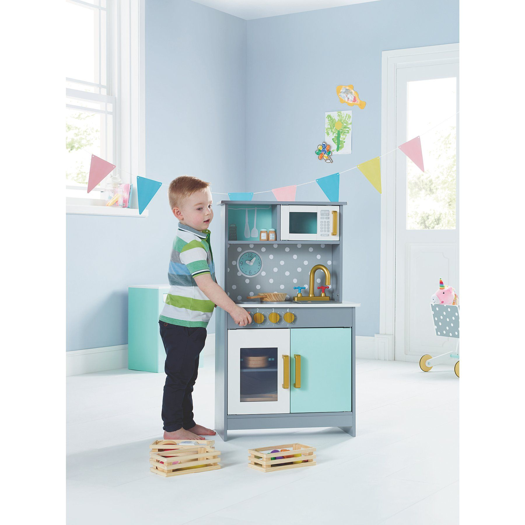 Wooden Deluxe Kitchen Toys & Character (With