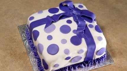 مقادير عجينة السكر Dot Cakes Elegant Cake Design Elegant Cakes