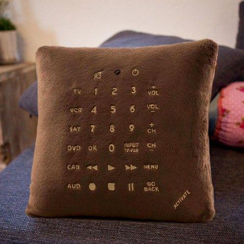 Remote Pillow - kussen met universele afstandsbediening