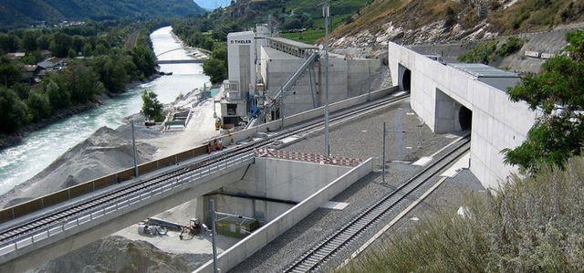 Les faits marquants de la construction du Lötschberg