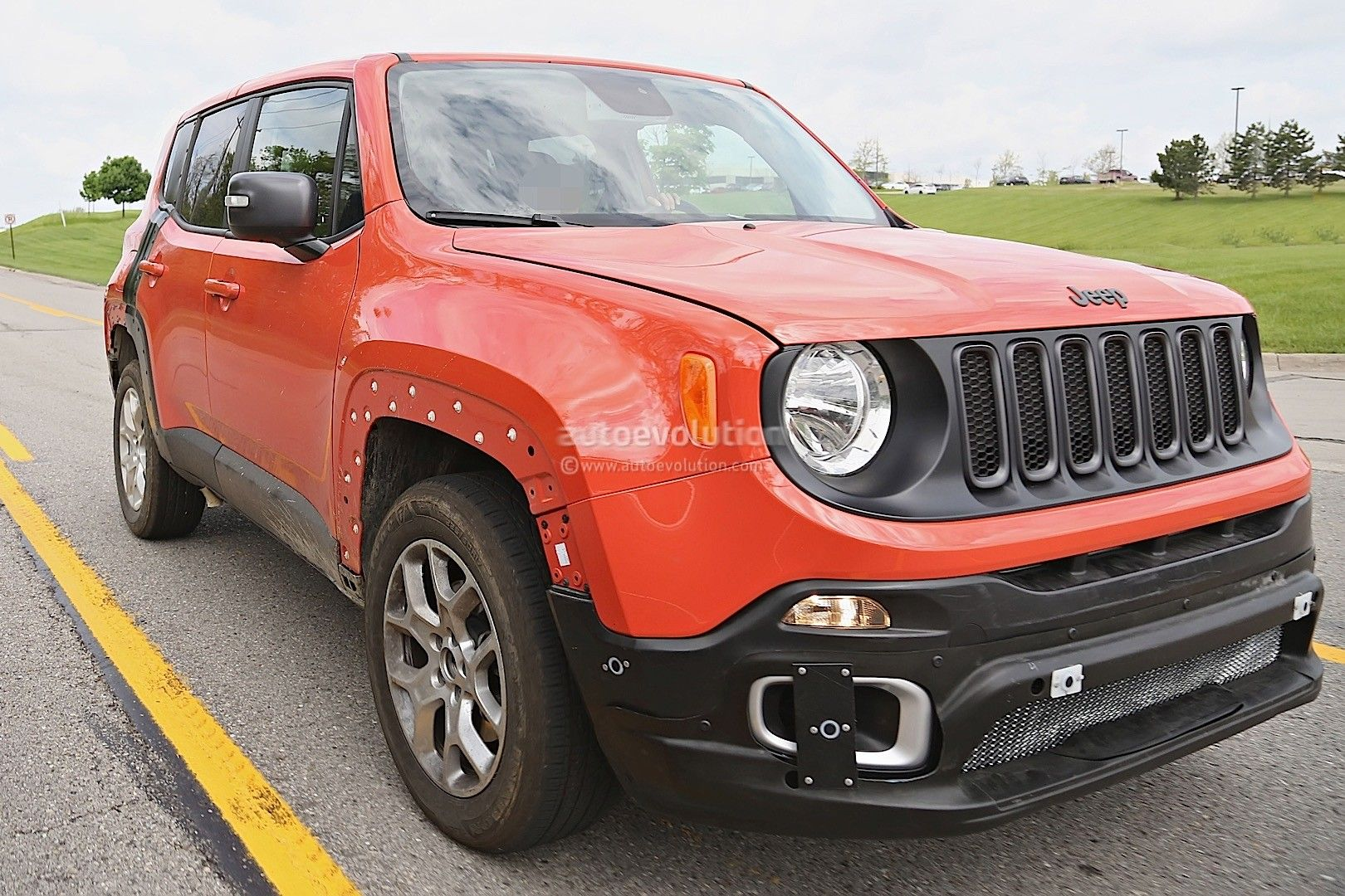 Pin By Faza Bahakim On Cars Insurancer Jeep Renegade Jeep 2017
