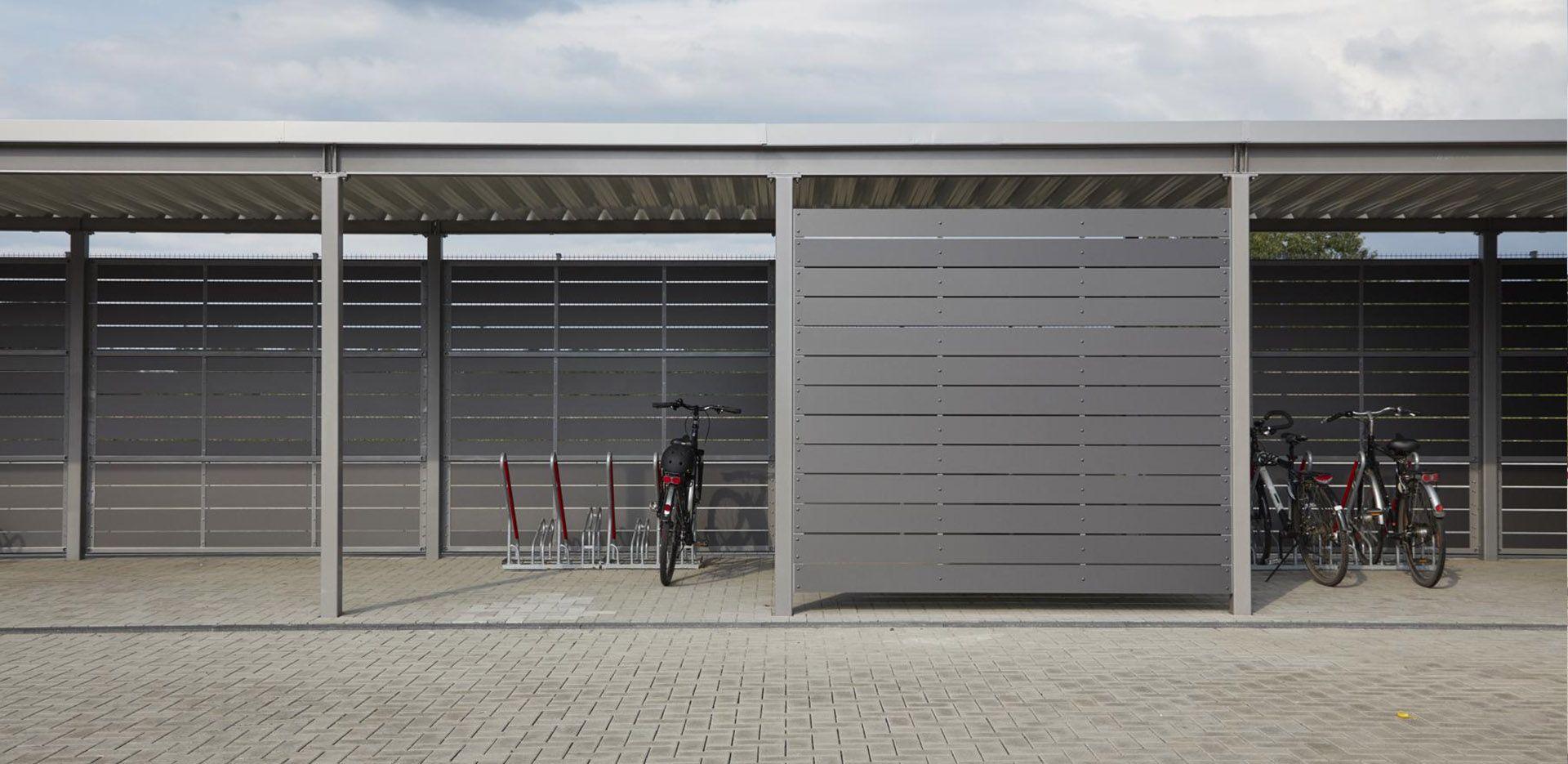 Fahrradunterstand Feuerwache Krefeld Seitenverkleidung Trespa Streifen Projekt W Systeme Aus Stahl Gmbh Fahrrad Unterstand Pergola Pavillon Einhausung
