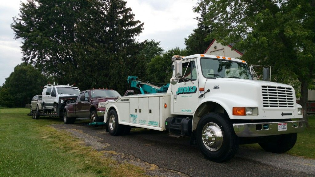 Medium Duty Towing • Some medium duty tows! | Tow411 | Trucks, Tow