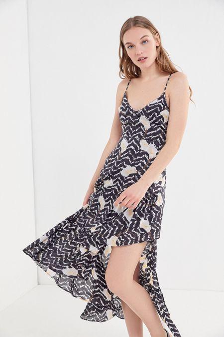 d8ad8e0e516 adorable midi dress! Love the print and skinny straps  affiliate  dresses   summerdresses
