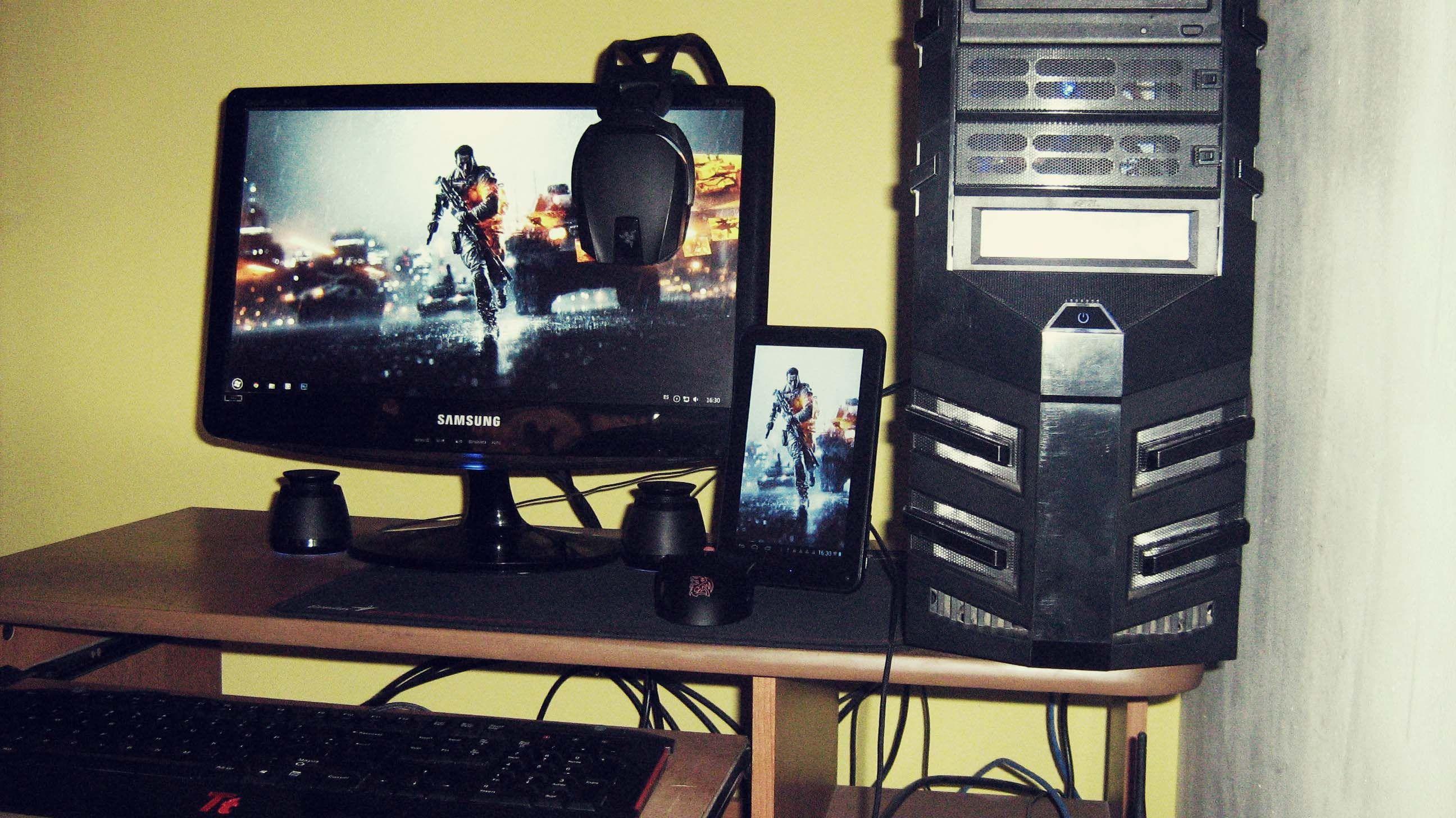 Interface PC Gamer Wallpaper  laptop computer  Pc gamer