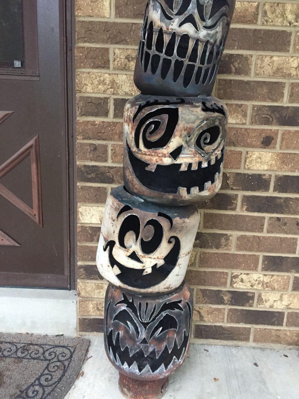 Jack o lantern totem pole in 2020 | Halloween handwerk ...