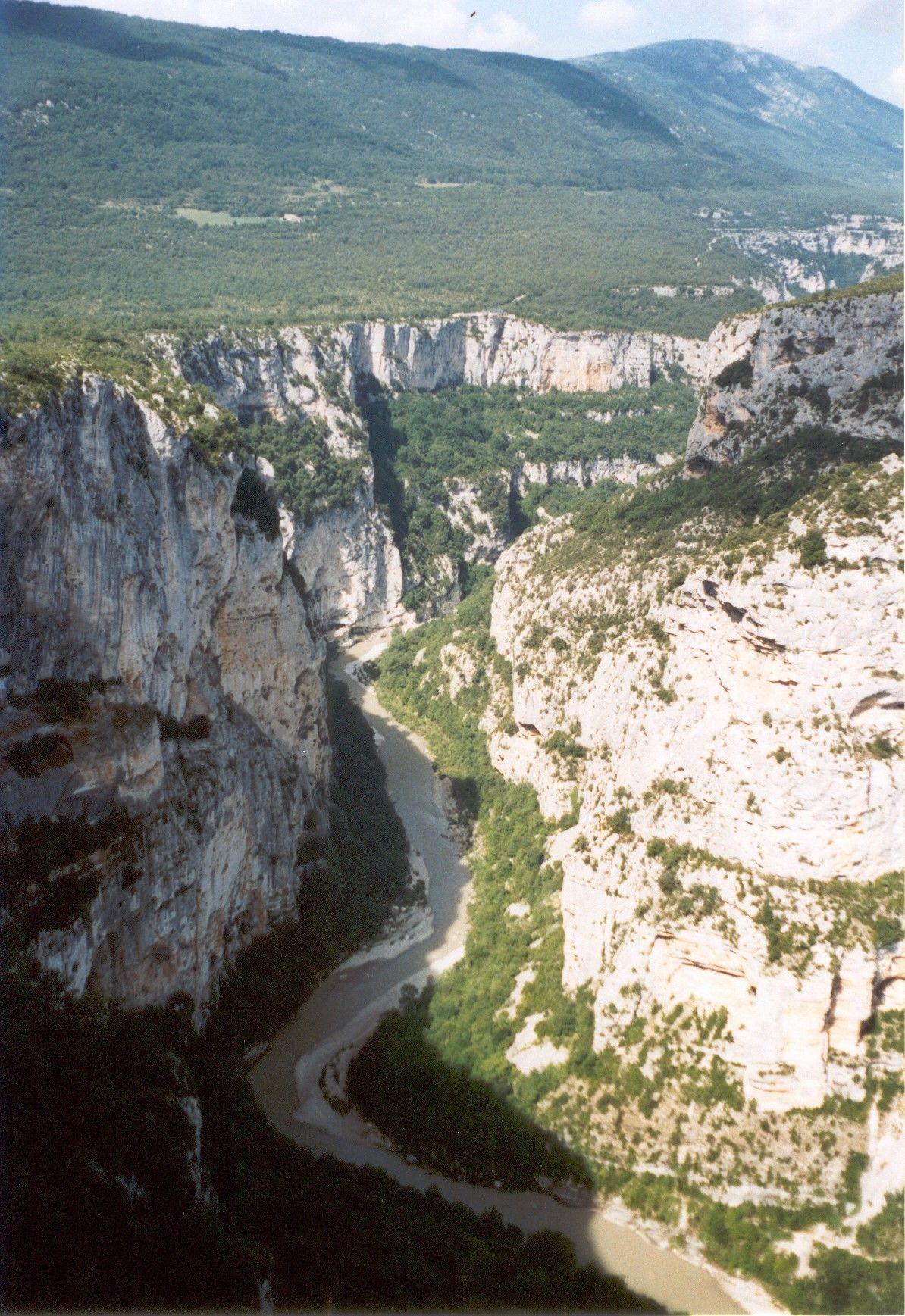 Leggi il resoconto del nostro viaggio in moto in Francia del Sud su www.mototurismo.fvg.it/it/francia_sud mototurismo, motovacanze ed itinerari in moto.