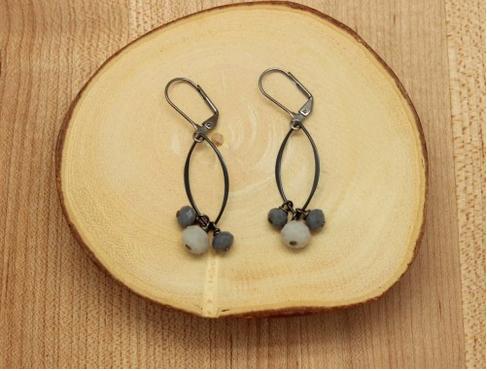 Gunmetal Diamond and Glass Cluster earrings (DH-E238)