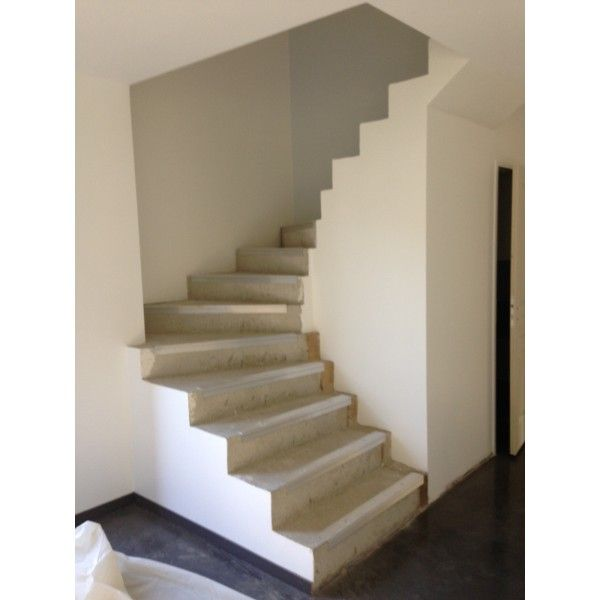 escalier double quart tournant beton maison escalier beton beton et escalier bois. Black Bedroom Furniture Sets. Home Design Ideas