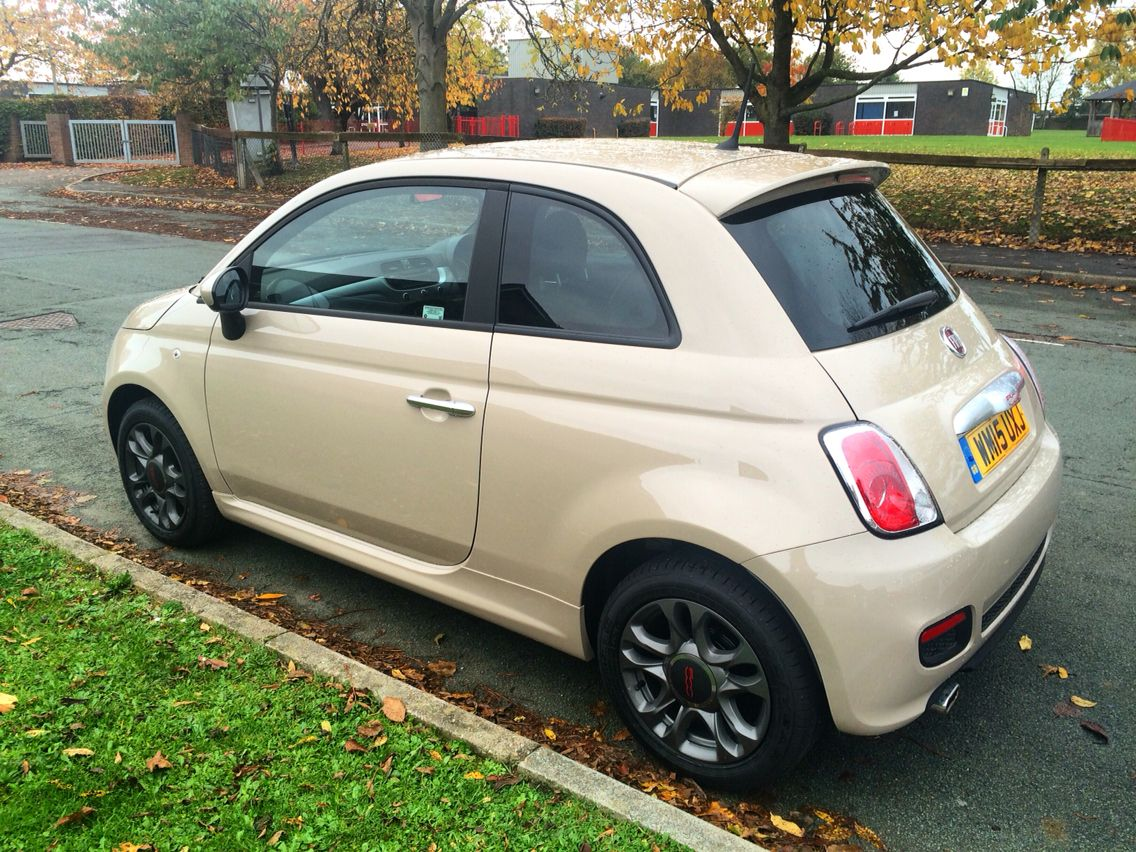 i 39 ve been after a beige fiat 500 for years and finally found the perfect one my fiat 500s in. Black Bedroom Furniture Sets. Home Design Ideas