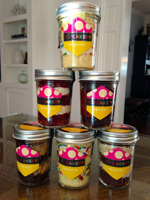 Great Gift Idea ~ Cake In A Jar: Send to someone far away for a birthday or bring as a hostess gift. #togive