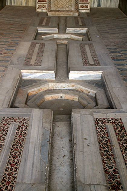 Arabic Marble Waterway in La Zisa (similar to the one at the Alhambra in Spain) #Palermo #Sicily