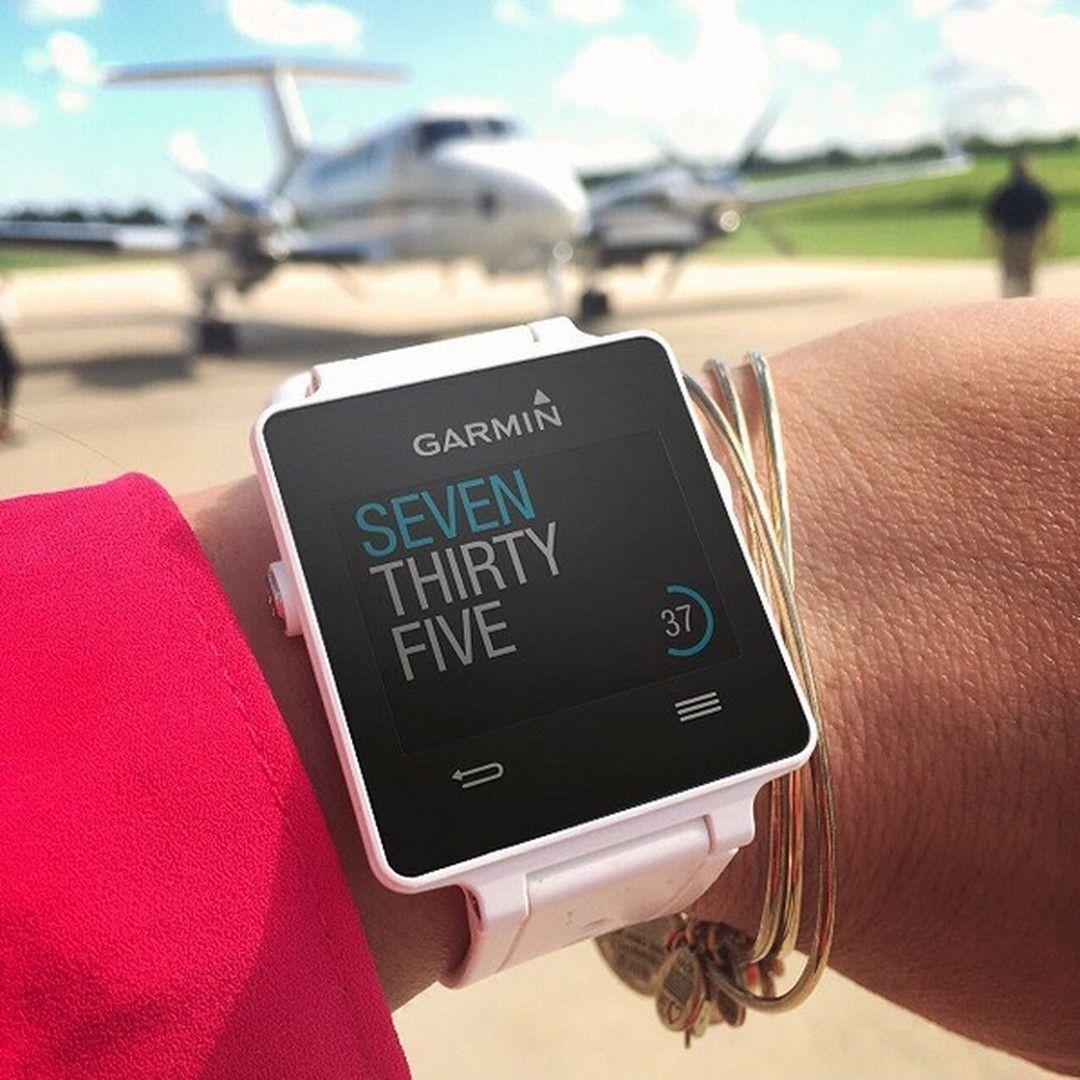 Watch with wrist hrm - Garmin Vivoactive Multi Sport Gps Smartwatch Hrm Bundle White