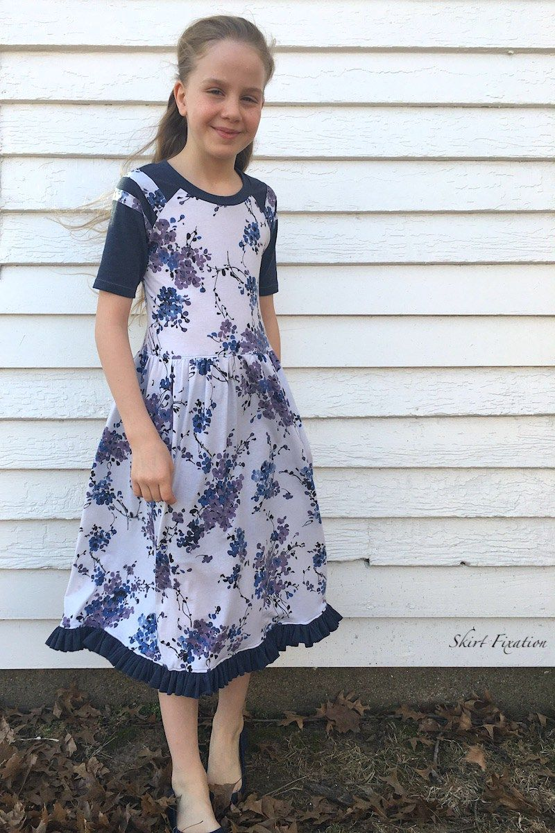 Camden Raglan Dress sewn by Skirt Fixation