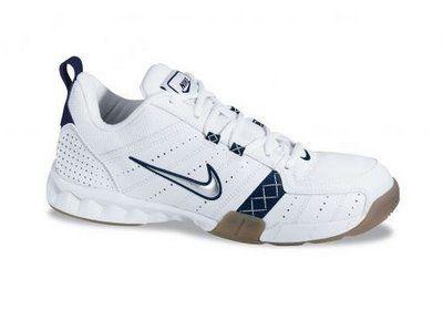 Correo Extranjero Tomar medicina  Nike Court Shuttle: My old badminton shoes   Tênis nike, Nike, Tenis