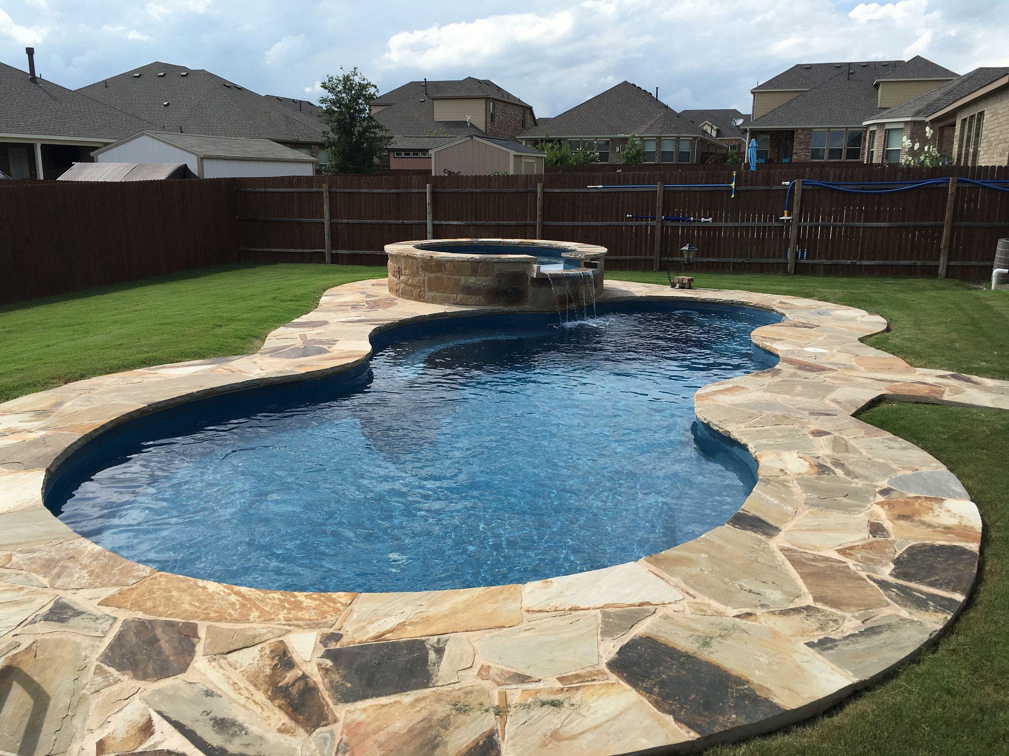 Nebula And Neptune Spa With Custom Swimming Pool Deck Stone Work Aquamarine Pools Of Texas Fibergl Custom Swimming Pool Fiberglass Pools Swimming Pool Decks