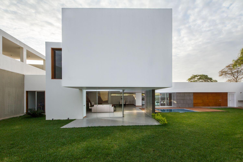 Galería de Casa PL / AI2 Design - 1