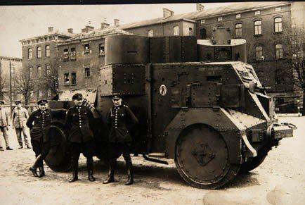 Munich Police Have Armored Car Krupp Daimler Gepanzerten