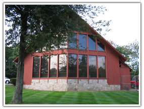 Last National Wine Company In Acton Ma You Treat Me Well House Styles House Home Decor