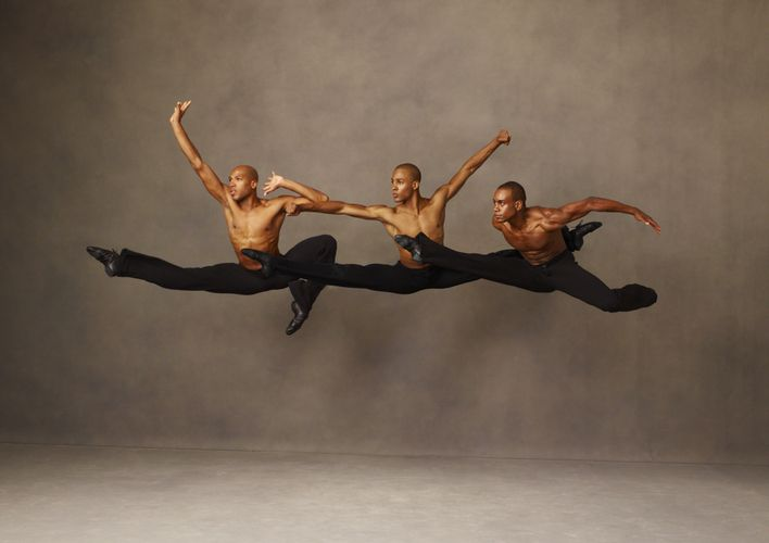A Homecoming For Alvin Ailey S Artistic Director Alvin Ailey Dance Photography Dance Theater
