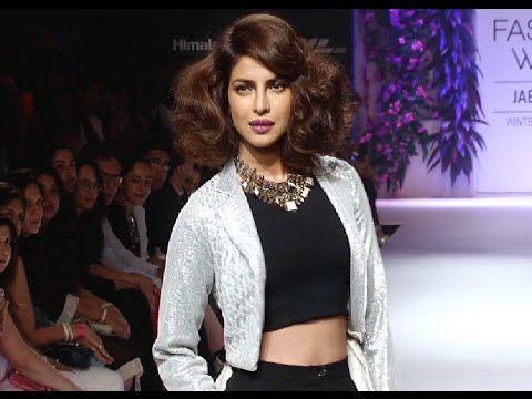 Priyanka Chopra's SENSUAL ramp walk @ Lakme Fashion Week 2014.
