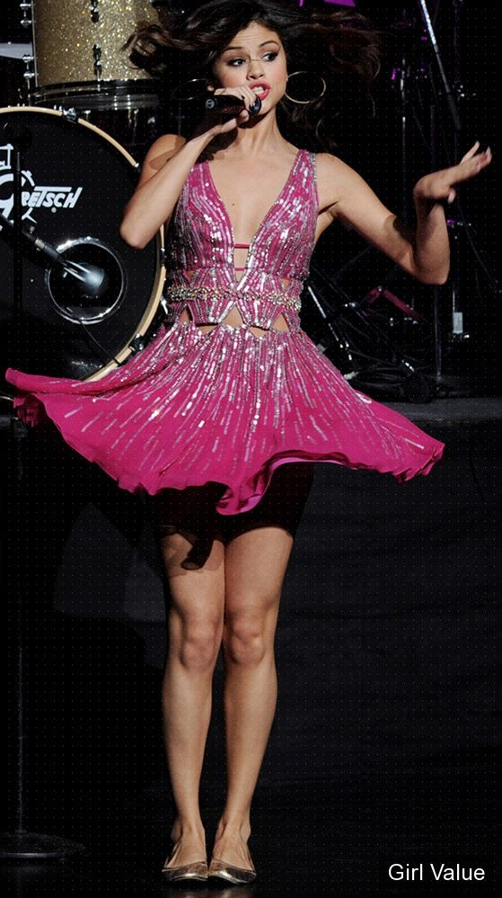 selena gomez wows at 'concert for hope'
