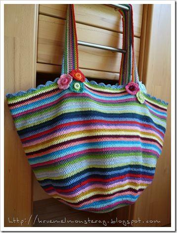 Tolle Tasche aus Stäbchen. #crochethandbags