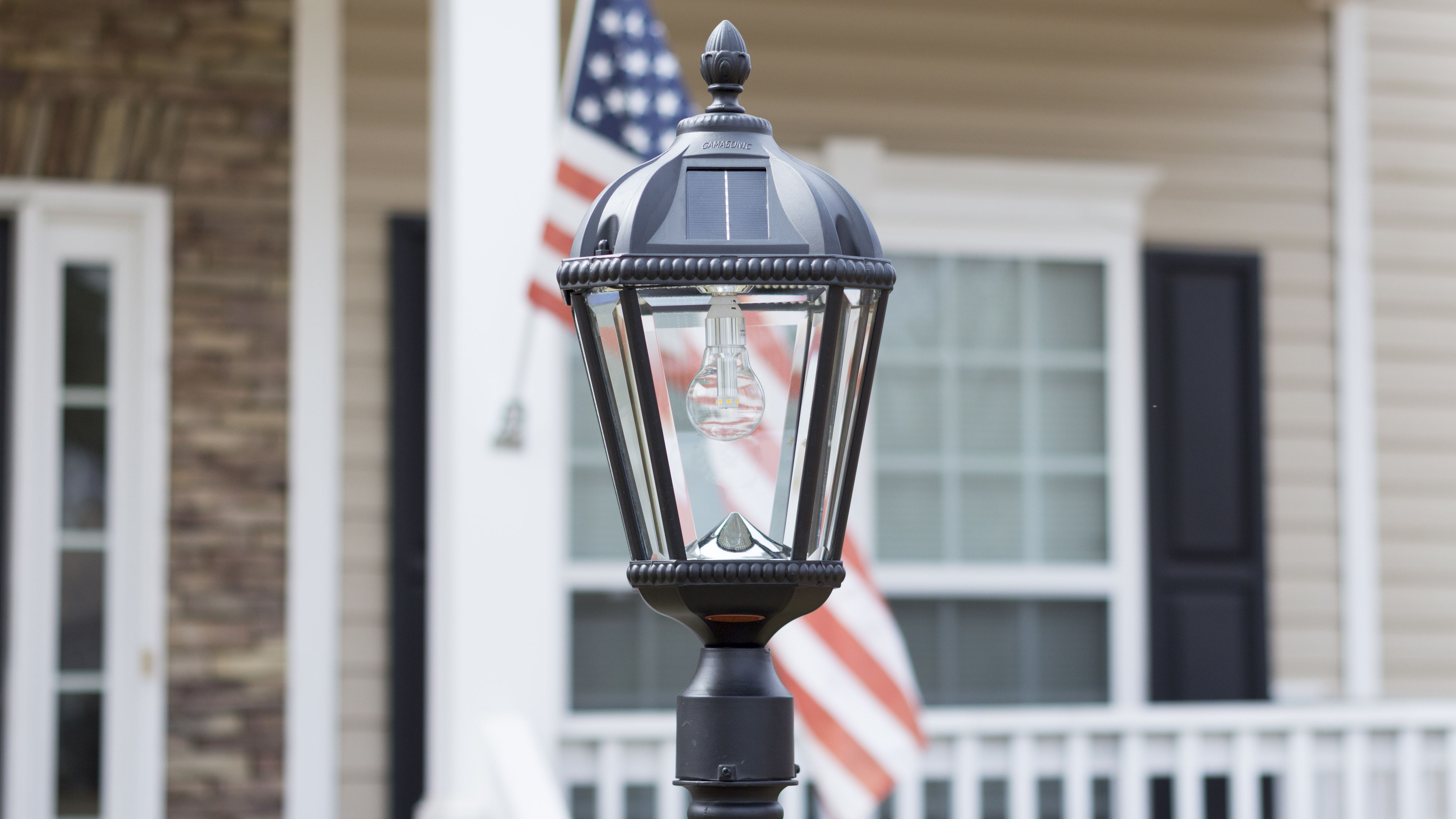 Royal Bulb 3 Fitter Solar Lamp With Gs Solar Led Light Bulb Gs 98b F Solar Led Lights Solar Lamp Post Landscape Lighting
