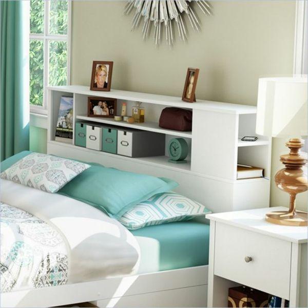 Kopfbrett Mit Einem Regalsystem  Blaue Ausstattung Des Schlafzimmers