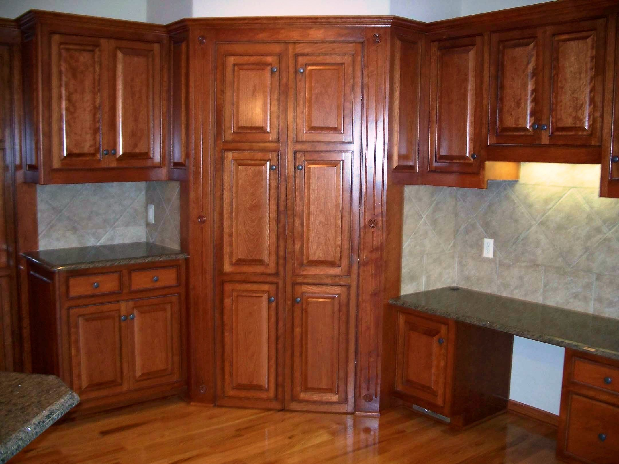 Kitchen cabinet hinges corner cabinets - Small Kitchen Remodels Tall Corner Cabinet Pantry